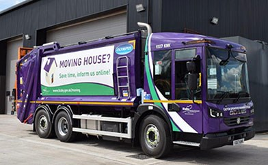 Live Purple Bin Lorry